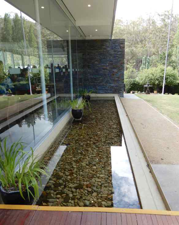 23.water feature