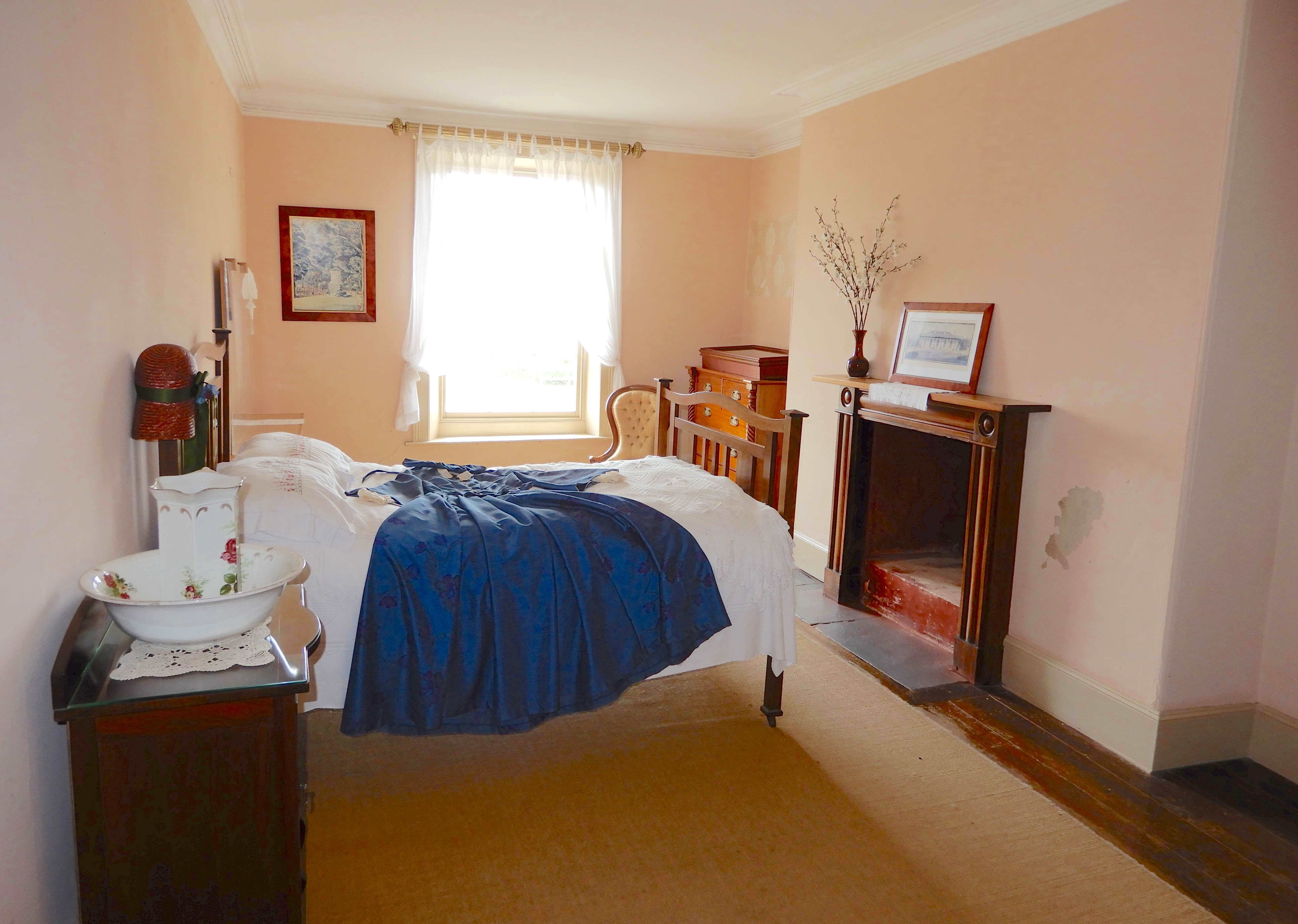 28.master bedroom