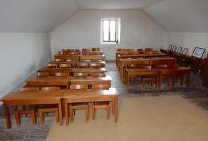 49.schoolhouse