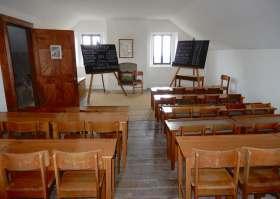 50.schoolhouse