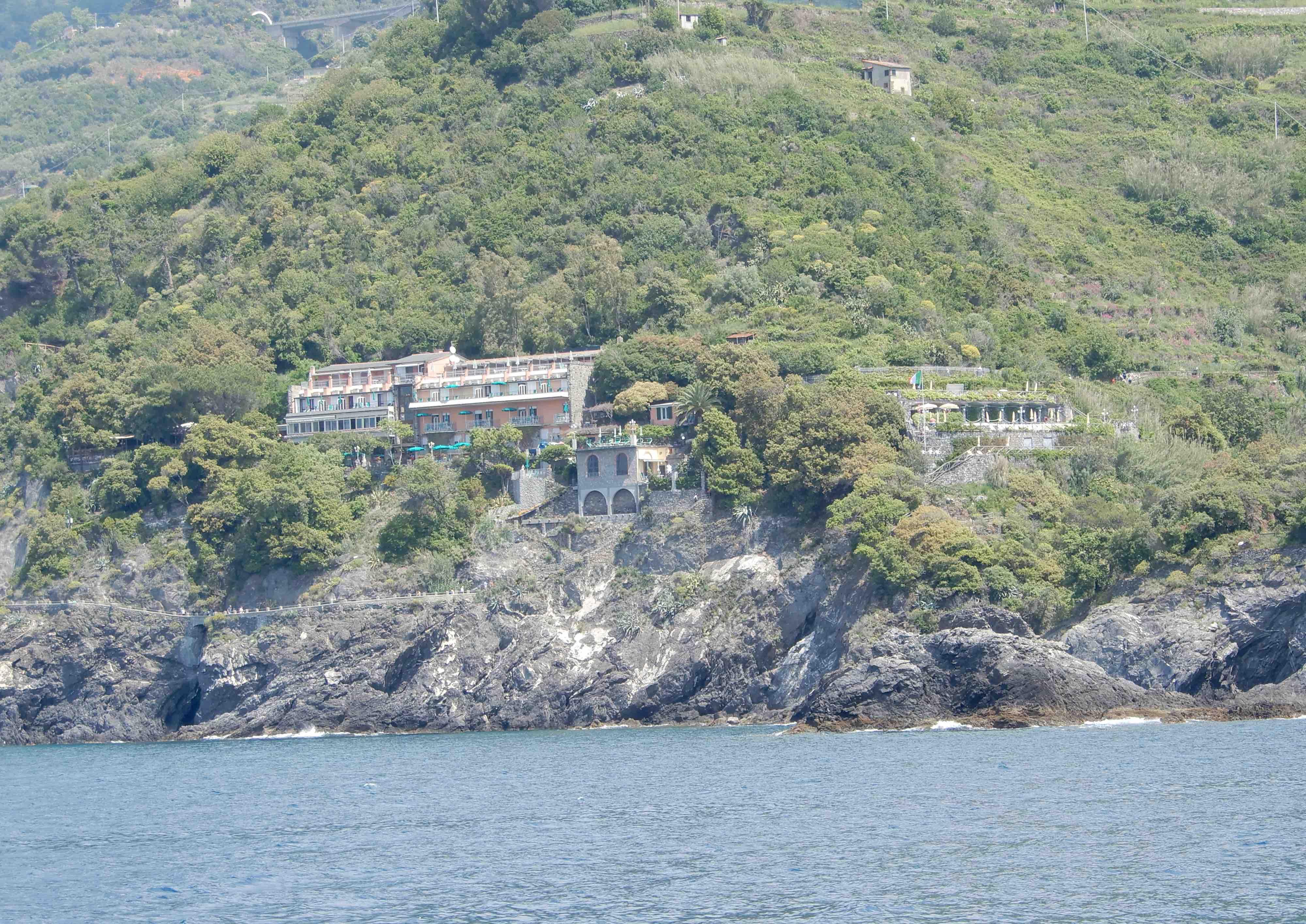 9.Hotel Porto Roca
