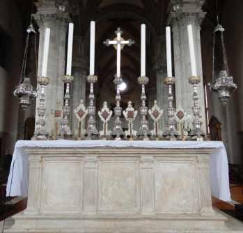 52.altar