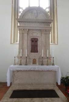54.altar