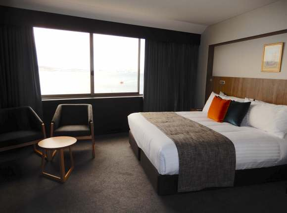 2.room