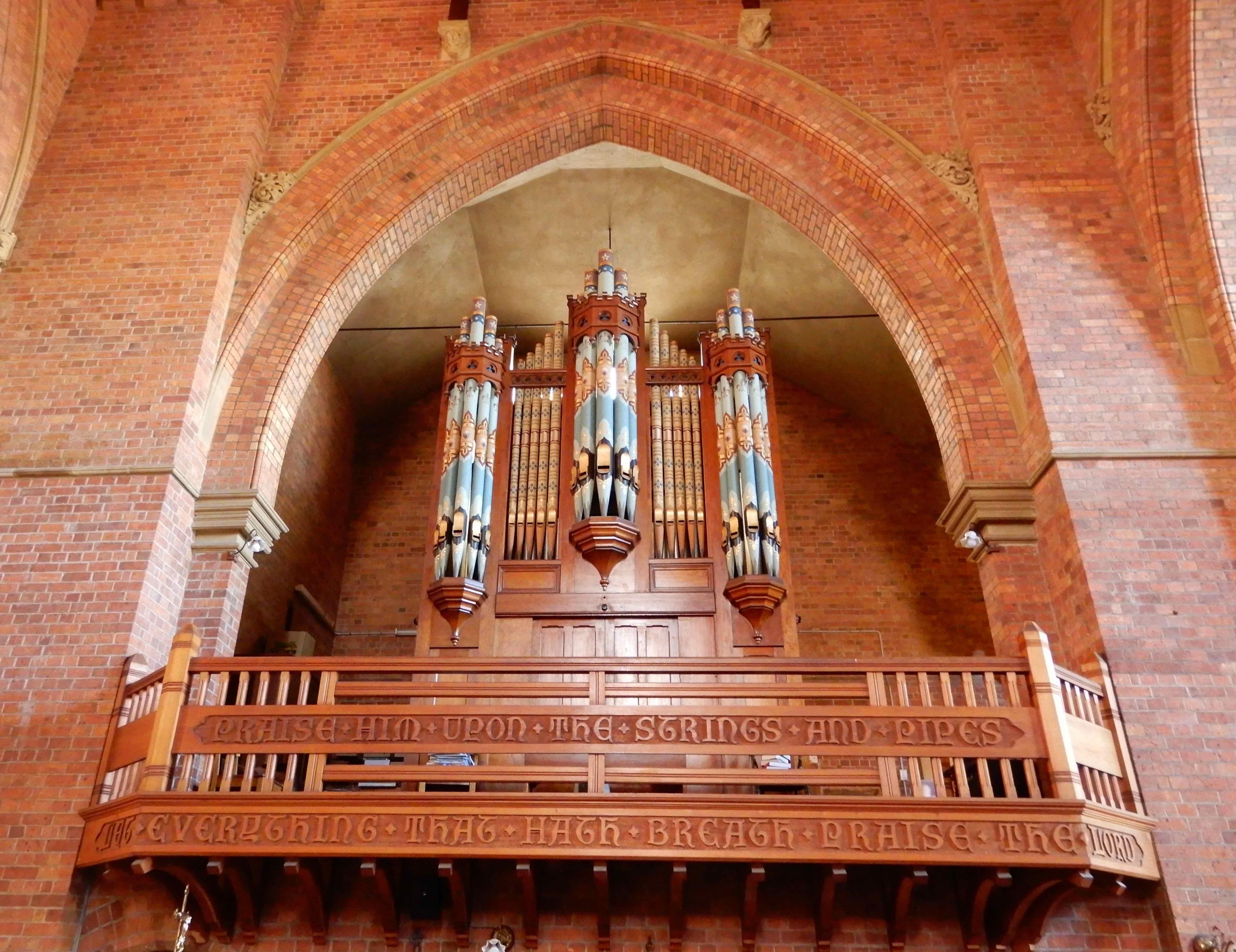 23.organ loft