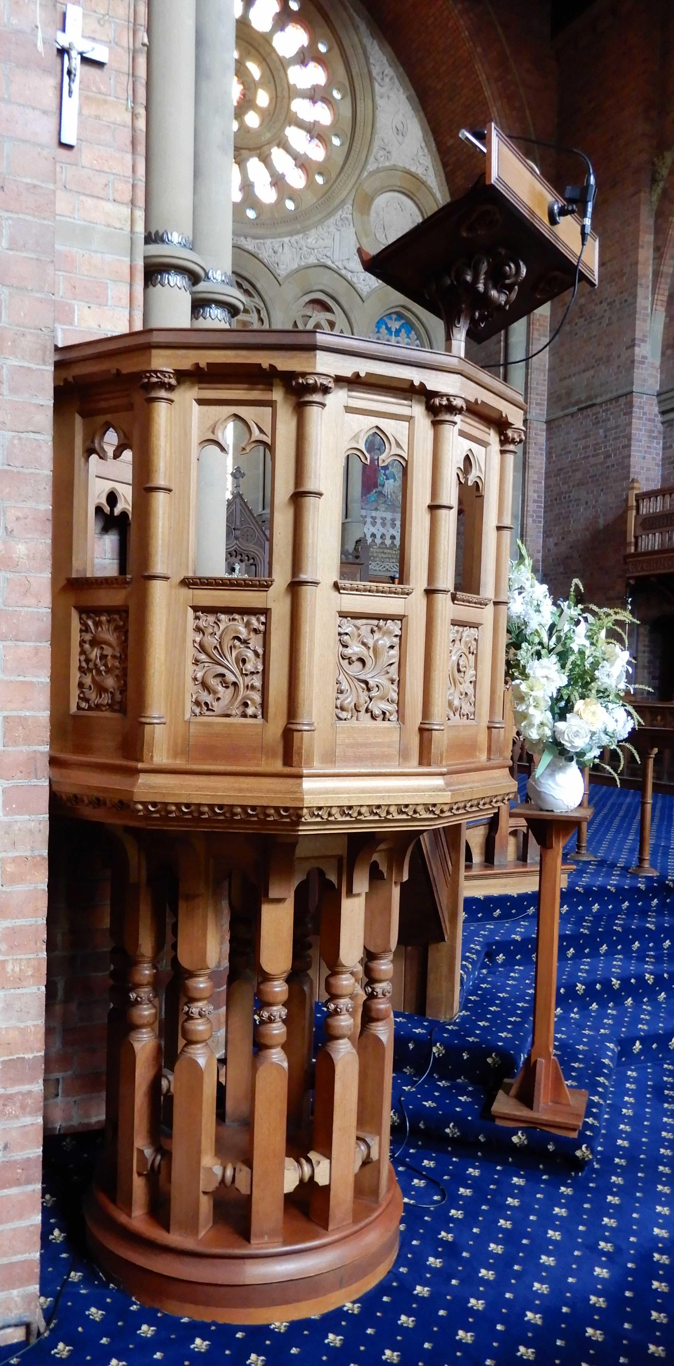 42.pulpit