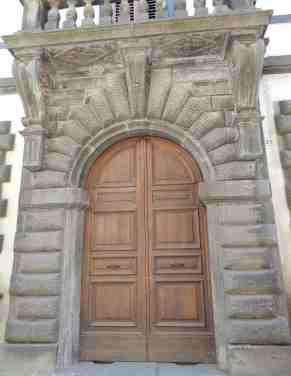 77.door