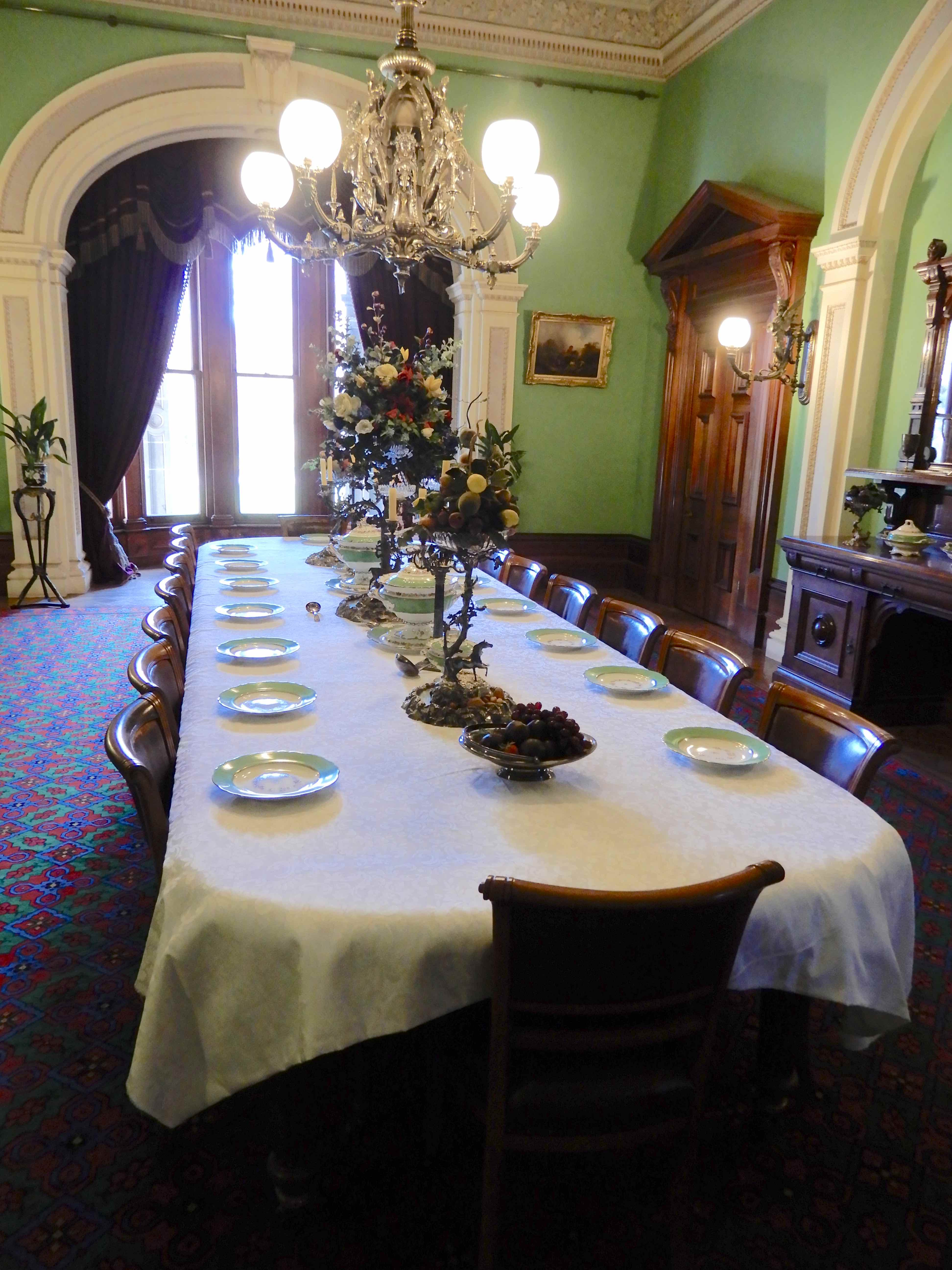10.dining room
