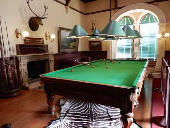 18.billiard room