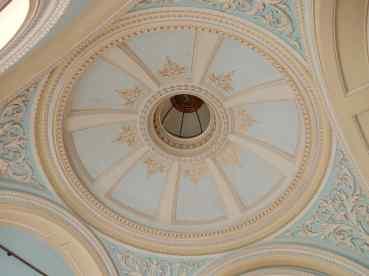 35.saloon ceiling