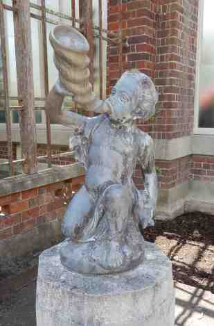 39.statue in courtyard (Triton)
