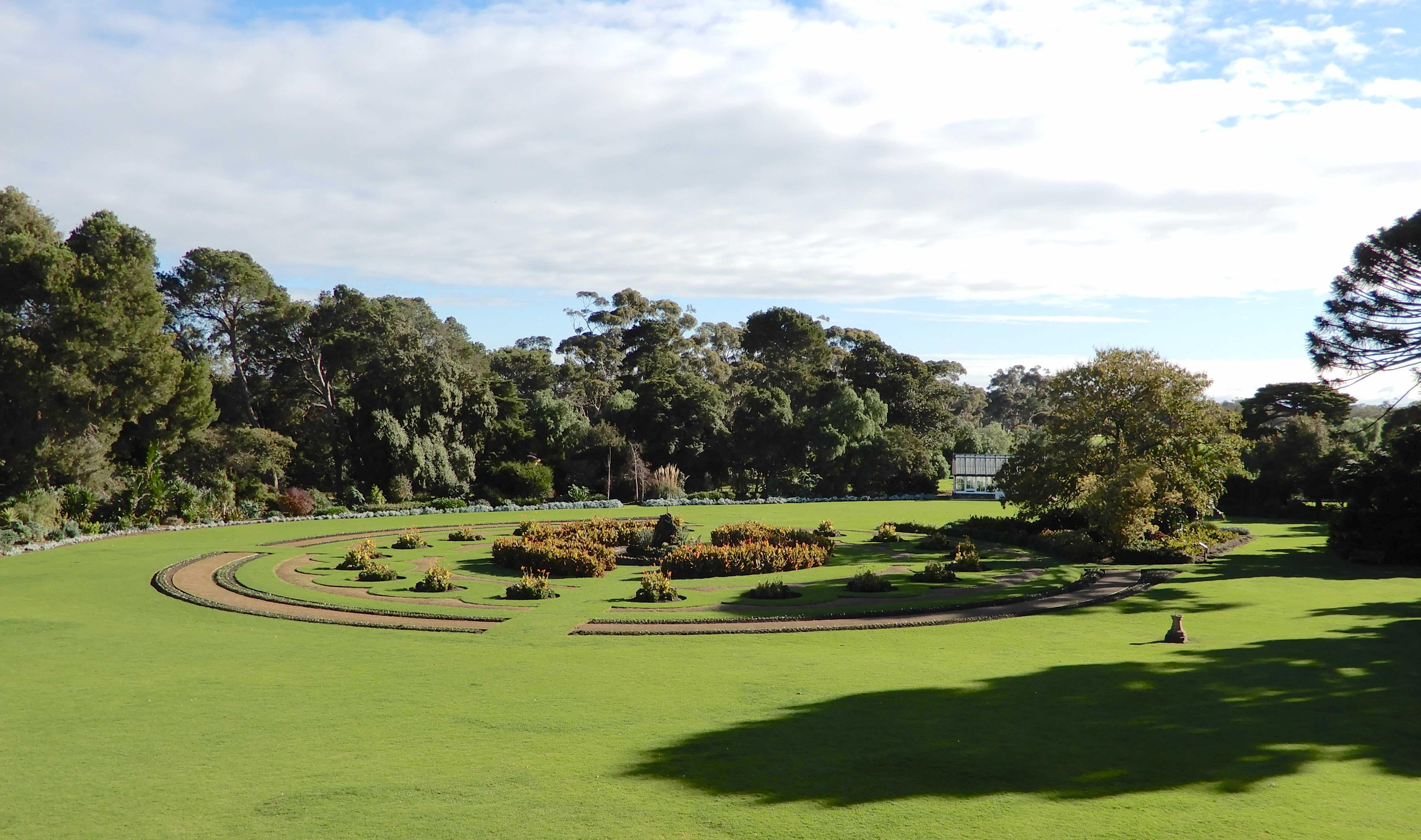 40.parterre garden