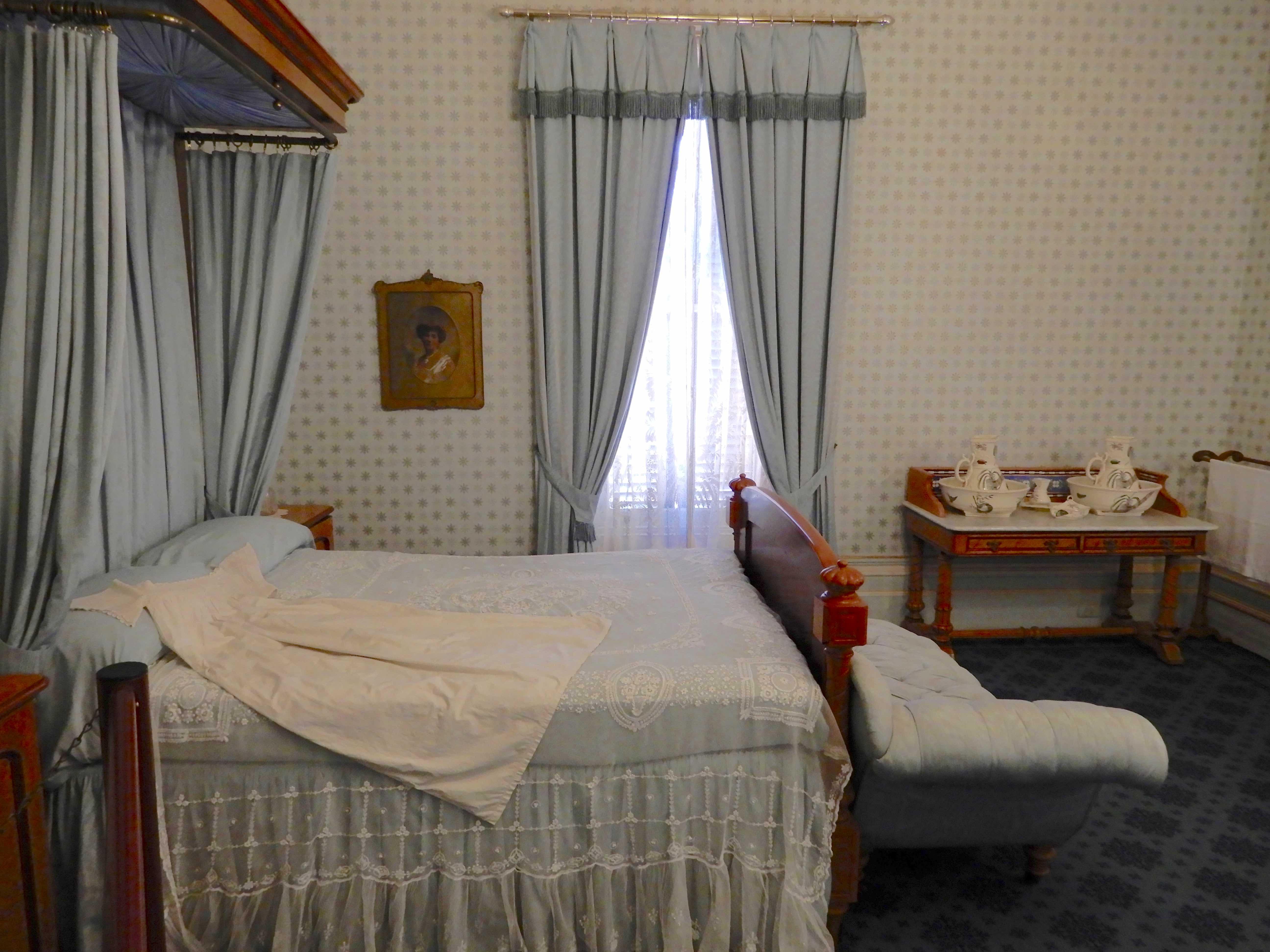 45.blue bedroom