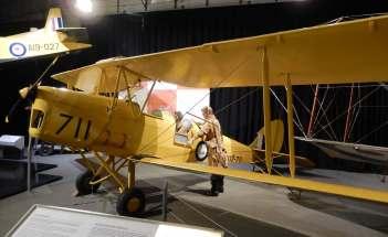 19.de Havilland Tiger Moth