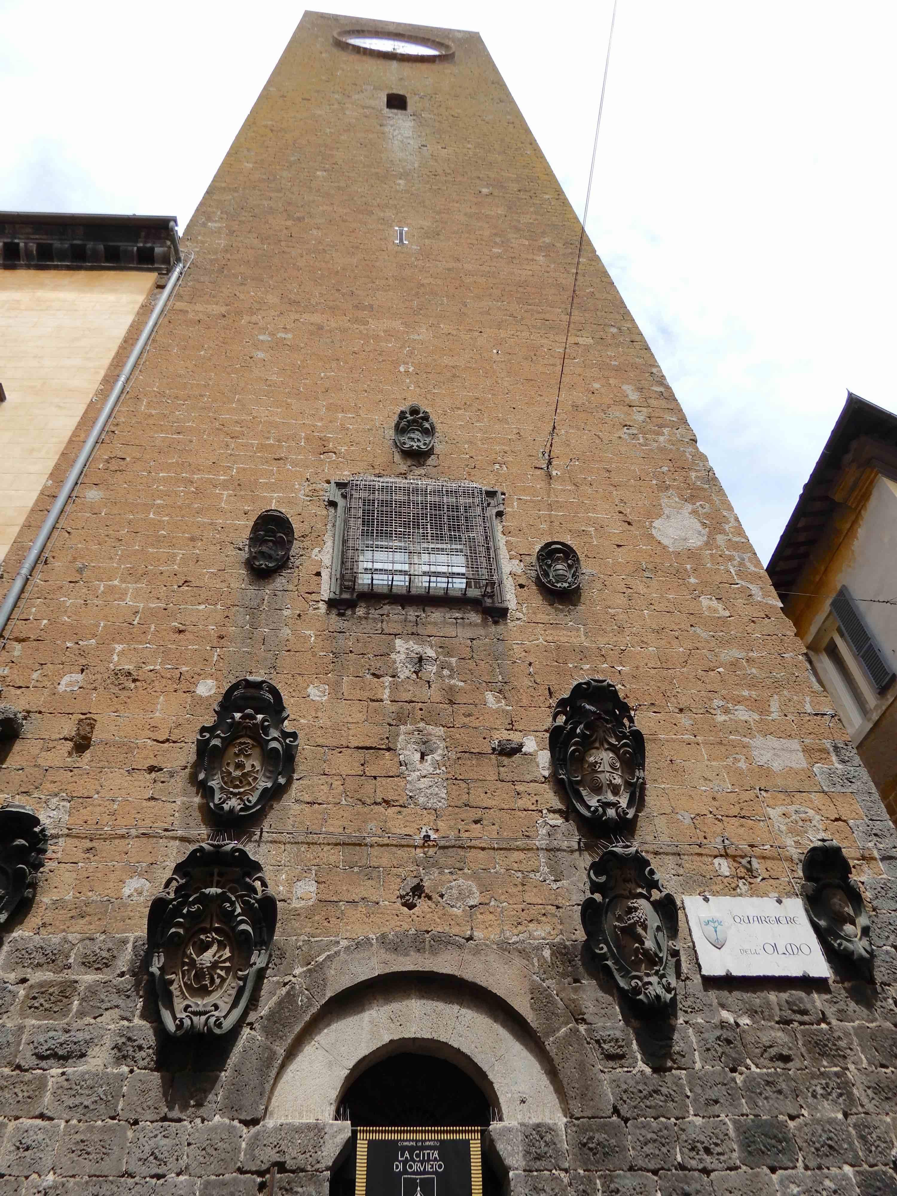 35.Torre del Moro