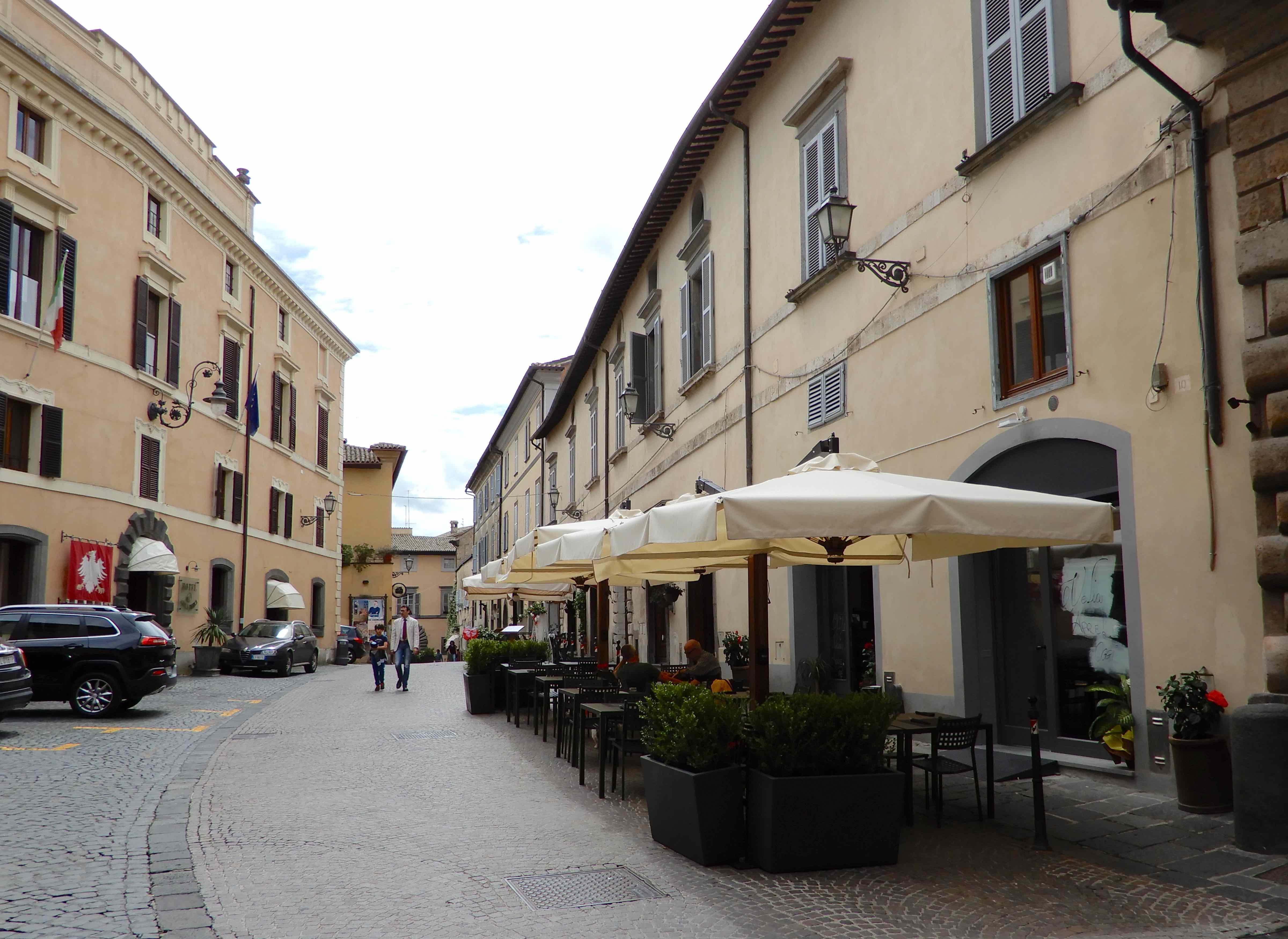 47.Via Garibaldi