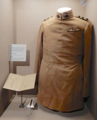 7.tunic & logbook 1917