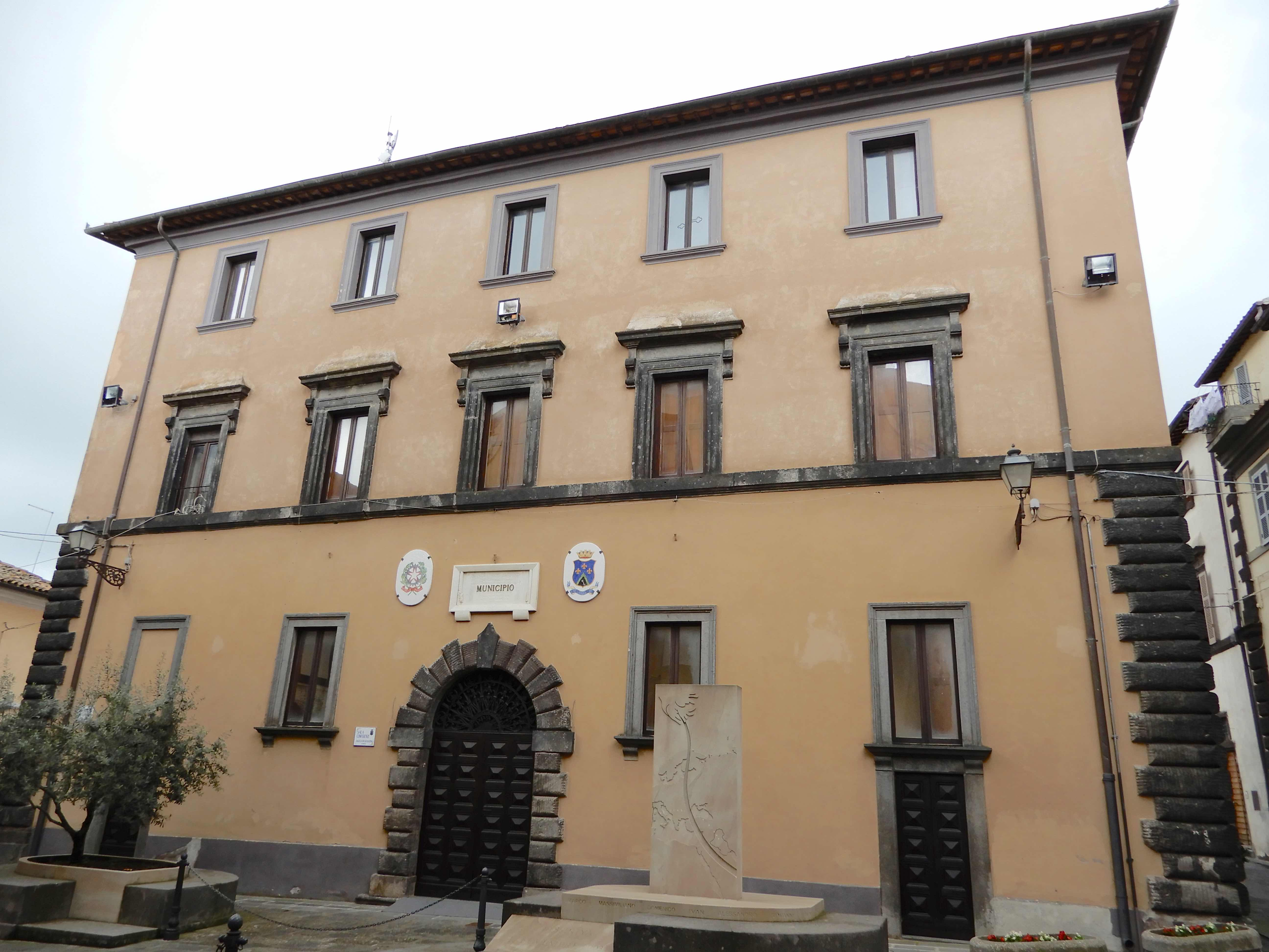 20.Town Hall