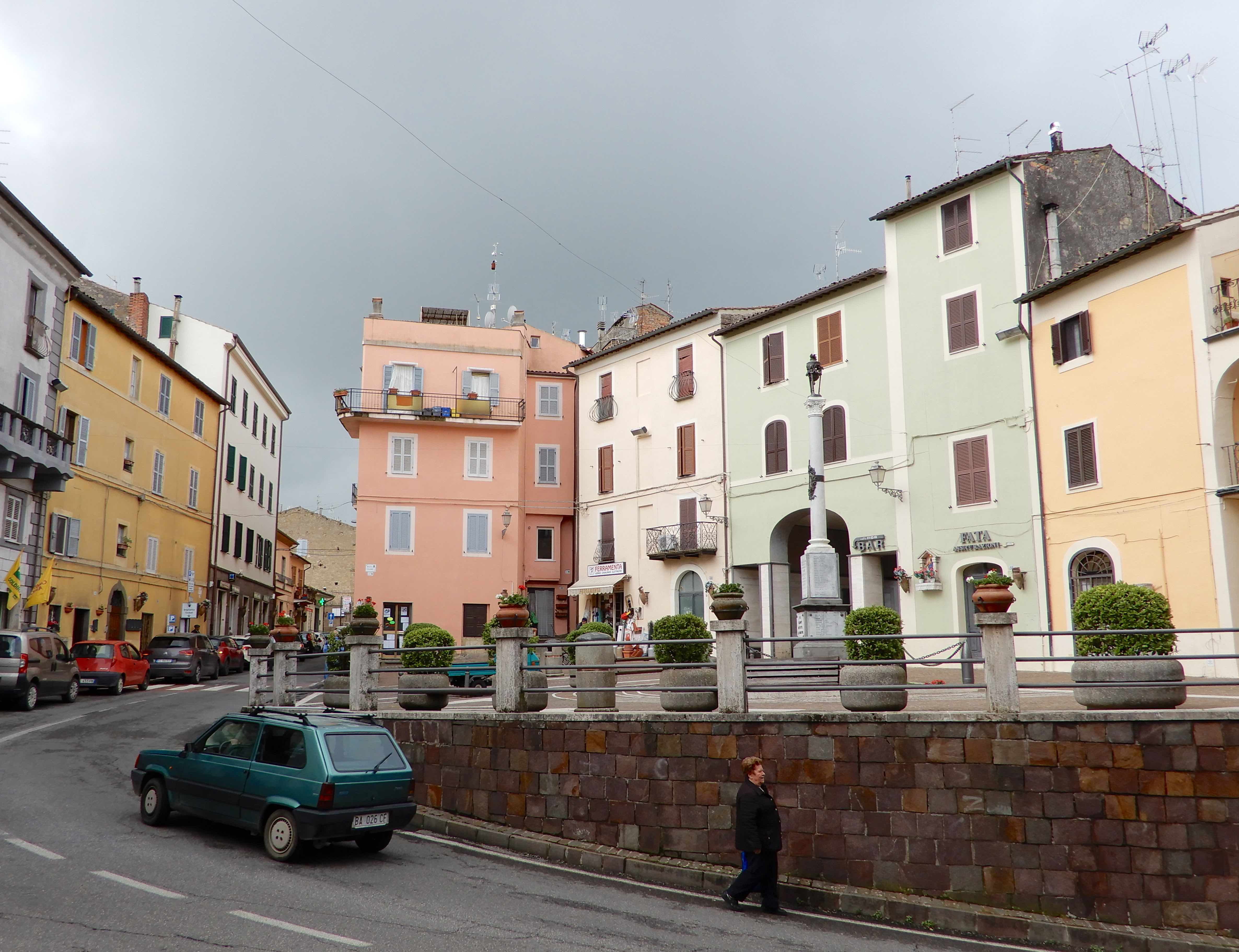 6.Piazza Cavour