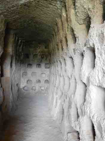 15.columbarium