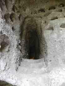 17.columbarium