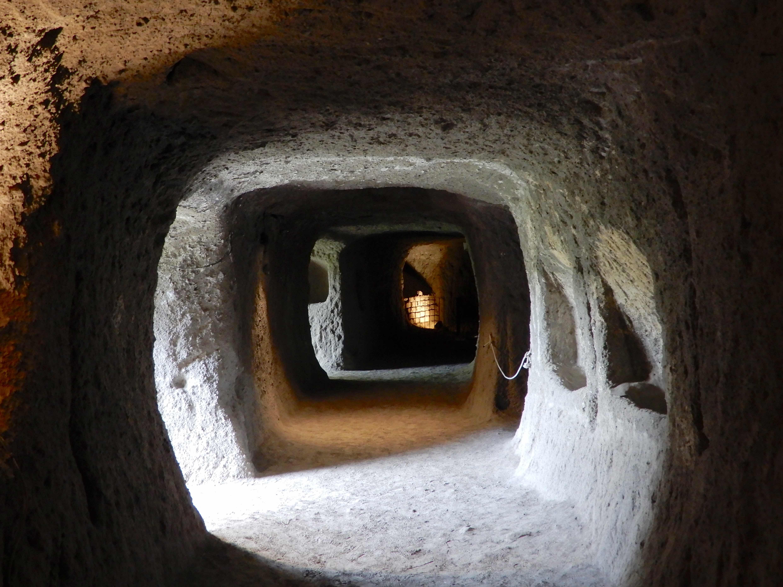 25.tunnels